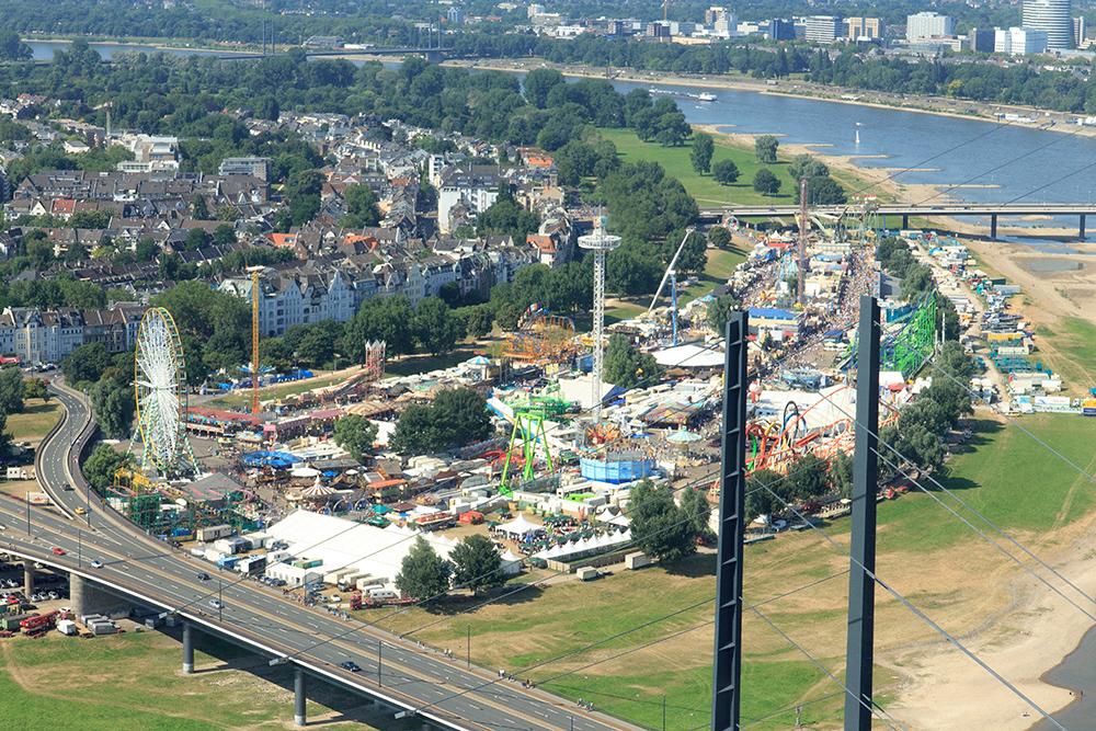 City Skyliner   Düsseldorf